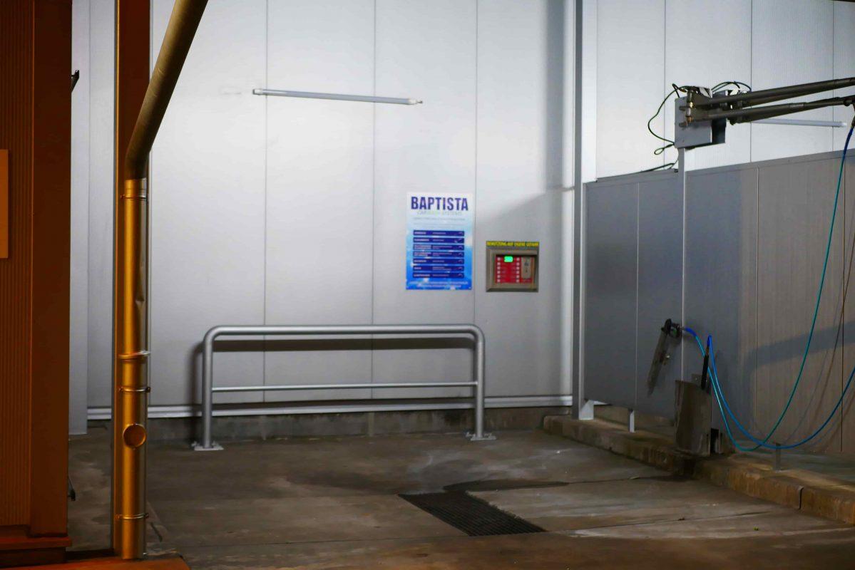 Unsere Selbstwaschanlage können Sie bis zur Höhe von 3,15 nutzen. Sie können selbst Wohnwagen bei uns Waschen und das Rund um die Uhr!
